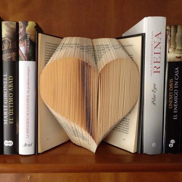 Book_Big_Heart_Art_04