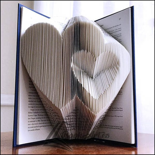 Book_Inverted_Hearts_01